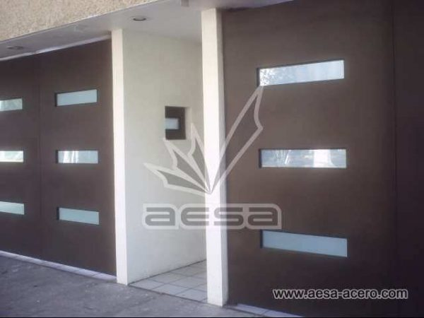 0180-512-porton-minimalista-moderno-vidrios-rectangulos-moderno-aceroherreria