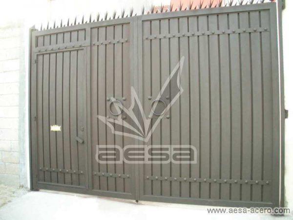 0220-544-porton-sencillo-economico-tablero-acanalado-metal-herreria-puerta