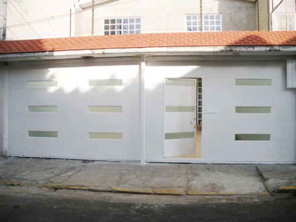 0280-512-porton-moderno-minimalista-vidrios-rectangulos-moda-corredizo