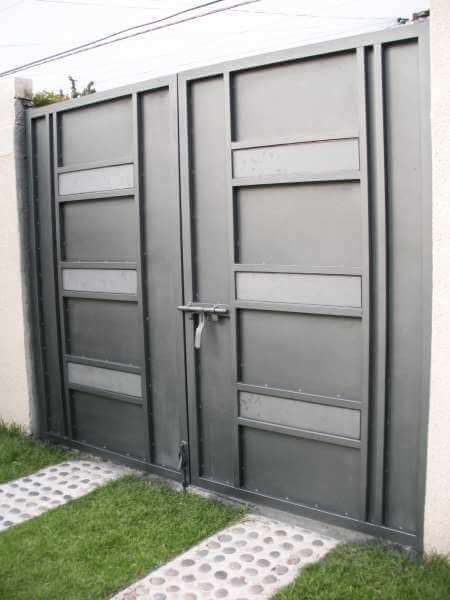 0310-512-porton-minimalista-rectangulos-vidrio-moderno-bastidor-interior