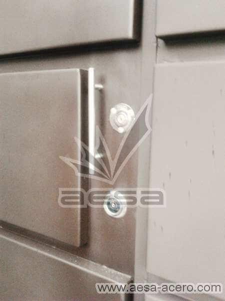 0340-596-porton-moderno-rectangulos-paneles-horizontales-puerta-integrada-chapa-jaladera