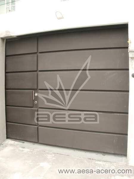 0340-596-porton-moderno-rectangulos-paneles-horizontales-puerta-integrada