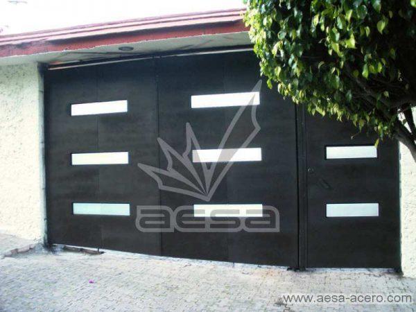 0370-512-porton-minimalista-rectangulos-horizontales-plegadizo-puerta-costado