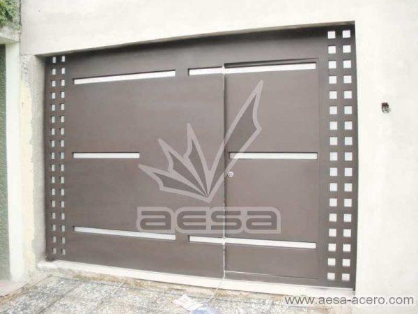0390-117-porton-moderno-cuadricula-lateral-vidrios-rectangulares-horizontales-minimalista