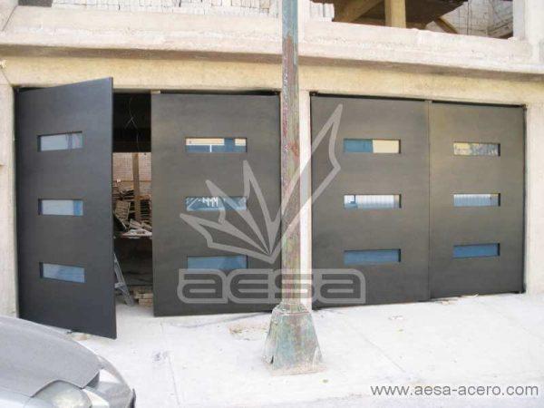 0401-512-porton-minimalista-vidrios-azules-moderno-original