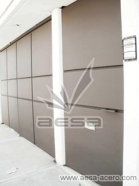 0410-592-porton-moderno-minimalista-rectangulos-botados-puerta