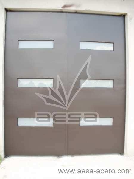 0460-512-porton-minimalista-moderno-vidrios-rectangulares-fachada
