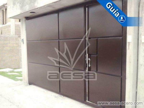 0560-592-porton-moderno-rectangulos-salidos-entrecalle-porton-chico-con-puerta