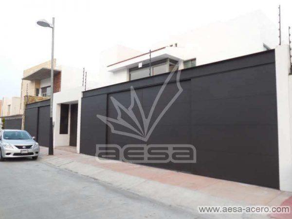 0630-5813-porton-liso-lamina-entrecalle-placa-viga-superior-residencial