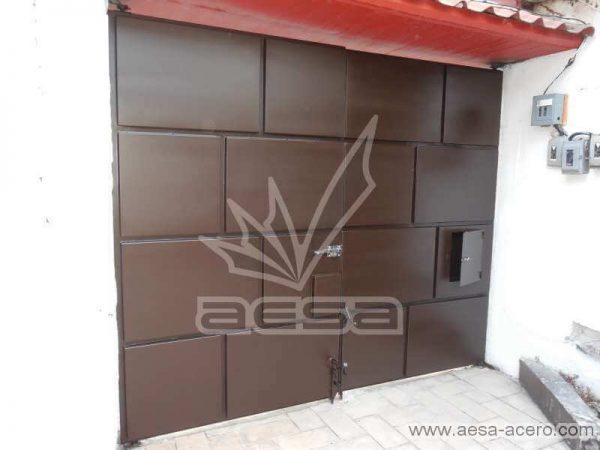 0650-597-porton-moderno-cuadros-defasados-ladrillos-buzon-integrado