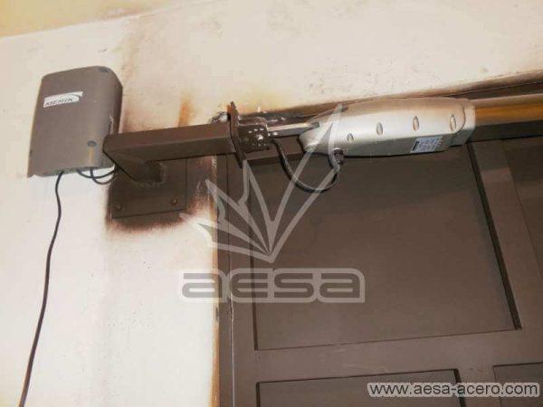 0790-597-porton-moderno-cuadros-defasados-ladrillos-automatizacion