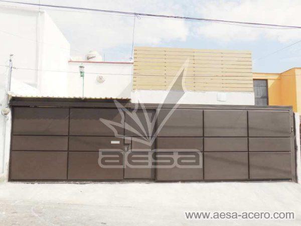 0860-592-porton-moderno-charolas-rectangulares-sin-marquesina-fachada