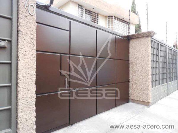 0900-593-porton-moderno-rectangulos-relieve-puerta-integrada-chocolate