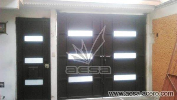 0940-512-porton-minimalista-vidrios-rectangulares-moderno-vista-interio
