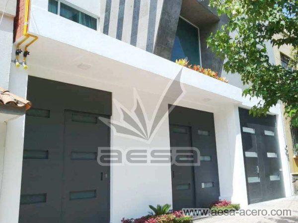 0960-512-porton-minimalista-vidrios-rectangulares-moderno-gris-oxford