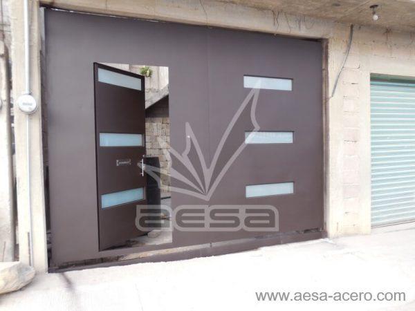 1030-512-porton-minimalista-vidrios-rectangulares-moderno-puerta-abierta