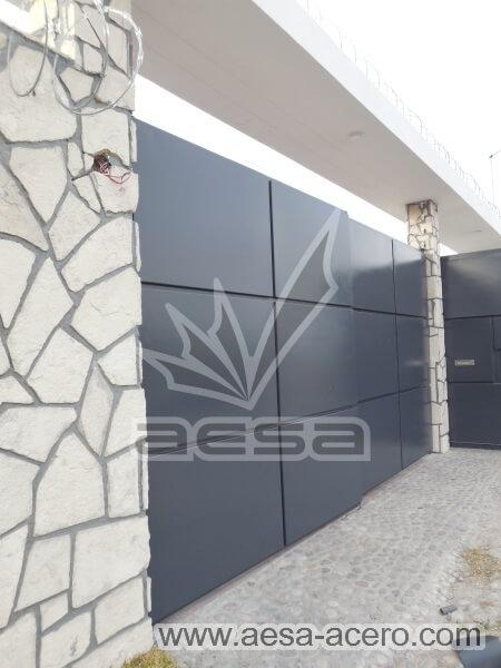 1100-593-porton-moderno-rectangulos-cuadros-relieve-salidos-acabado-gris
