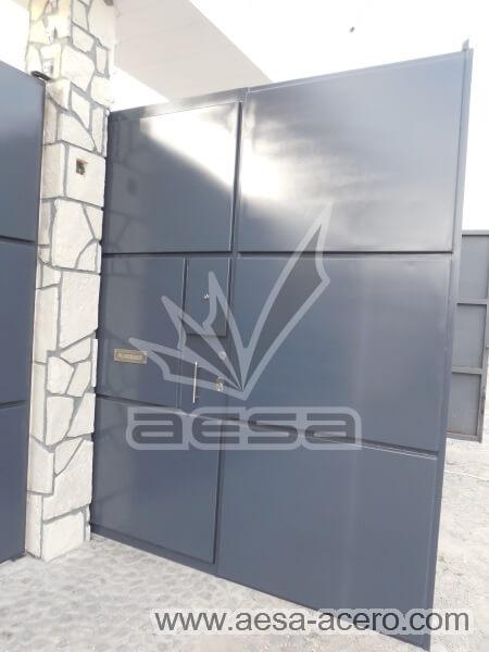1100-593-porton-moderno-rectangulos-cuadros-relieve-salidos-puerta-peatonal-integrada