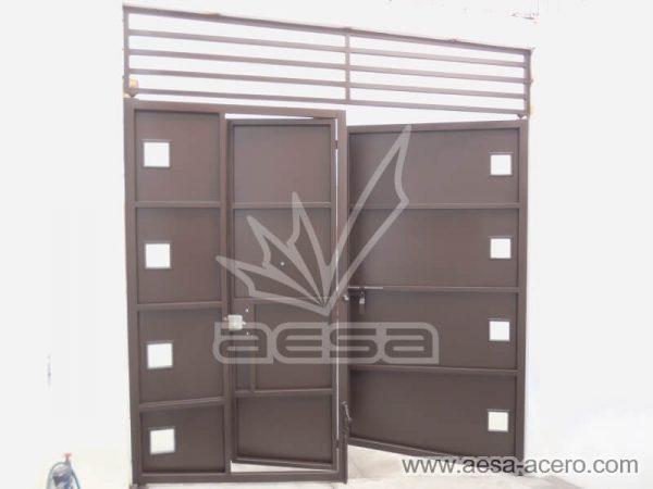 1140-5991-porton-moderno-charolas rectangulares-cuadros-vidrio-reja-superior-sin-forro-interior