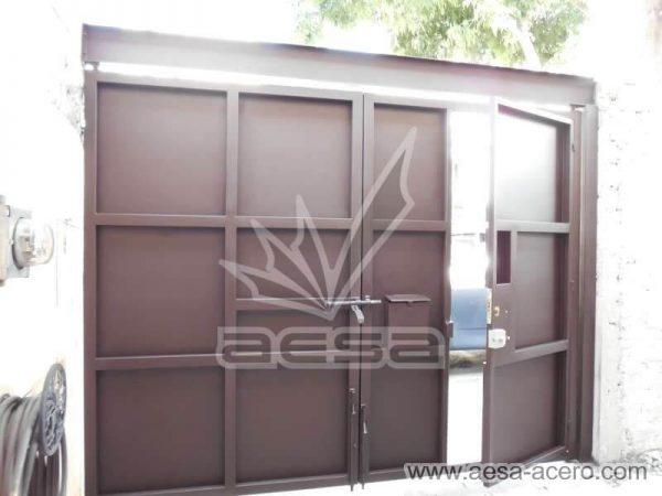 1160-593-porton-moderno-minimalista-rectangulos-relieve-salidos-viga-superior-vista-interior-sin-forro