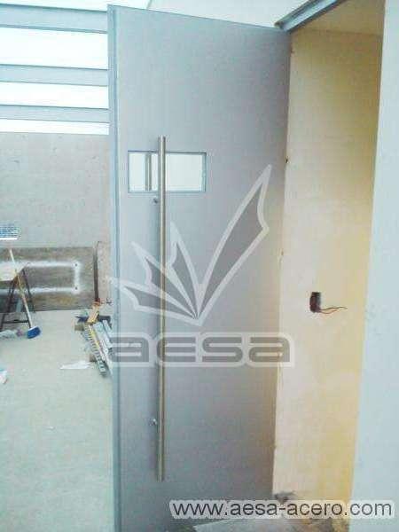 0160-2243-puerta-lisa-remaches-herreria-seguridad-doble-forro