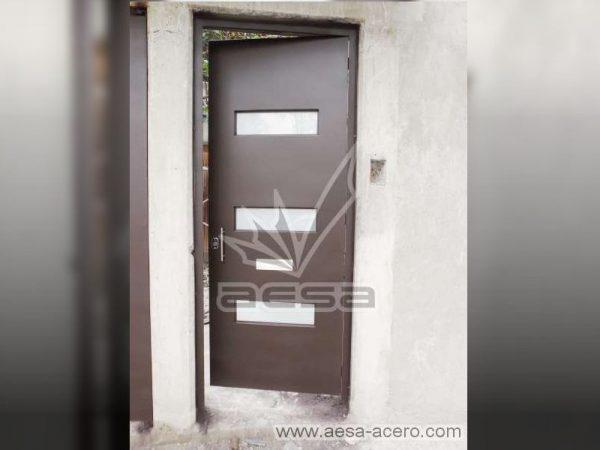 0210-512-puerta-minimalista-moderna-vidrios-rectangulares-seguridad-acero