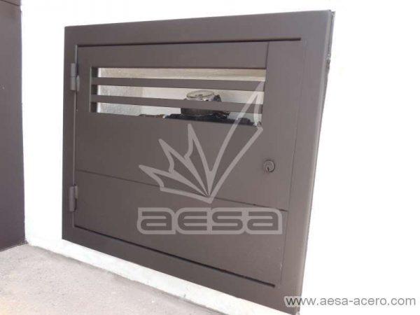0230-2301-puerta-registro-agua-luz-ventilacion-metalica