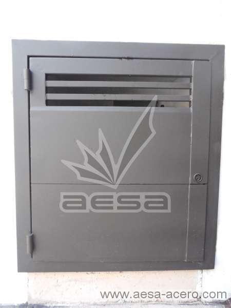 0230-2301-puerta-registro-agua-luz-ventilacion