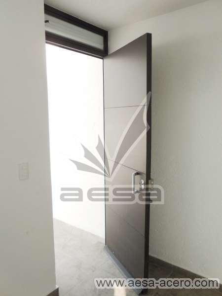 0240-5813-puerta-lisa-entrecalle-seguridad-herreria-lisa
