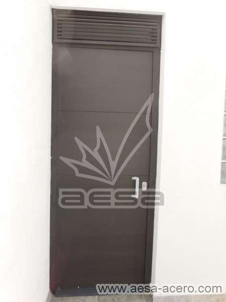 0240-5813-puerta-lisa-entrecalle-seguridad-herreria