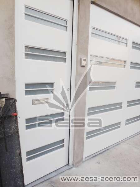 0270-5632-puerta-minimalista-vidrios-rectangulares-moderna-seguridad-herreria-metalica