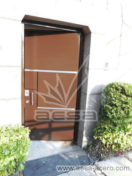 0310-591entalu-puerta-rectangulos-tiras-aluminio-lisa-moderna-minimalista