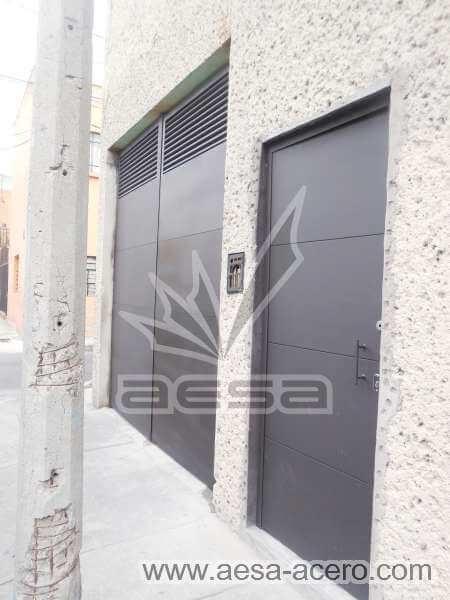 0410-5813-puerta-lisa-entrecalle-seguridad-herreria-metalica