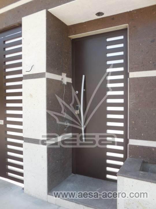 140-116-puerta-herreria-moderna-reja-rejilla-lateral-jaladera-grande-curva-atizpan-zaragoza-color-ch