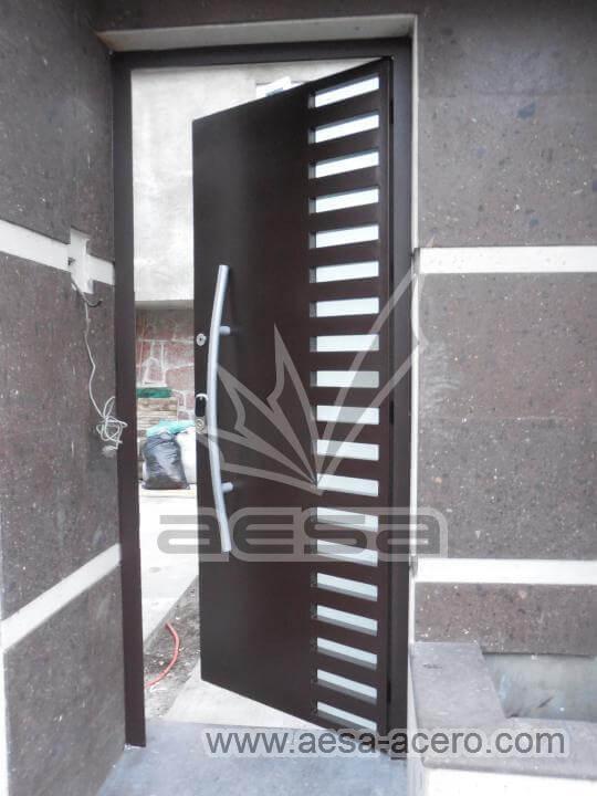 150-116-puerta-herreria-moderna-reja-rejilla-lateral-jaladera-grande-curva-atizpan-zaragoza-color-ch